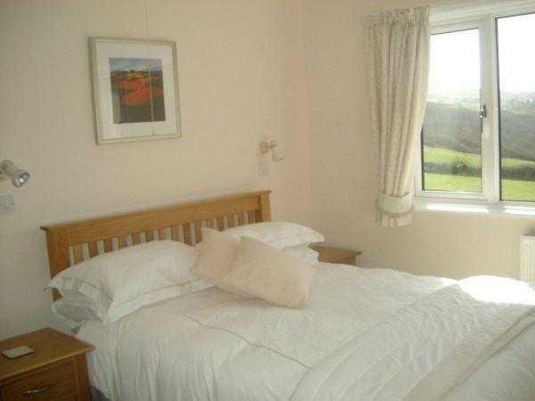 Tresquare Bedroom