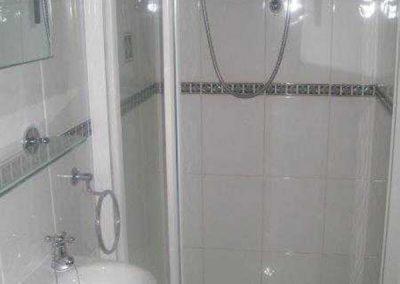 Tresquare shower