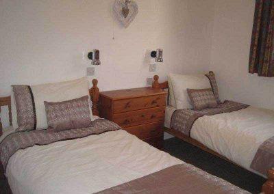 Wideacres twin room
